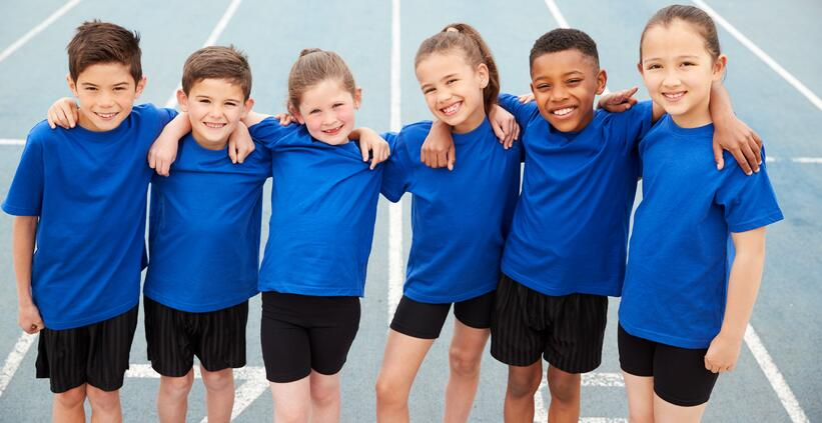 portrait-of-children-in-athletics-team-on-track-YWUGFEZ